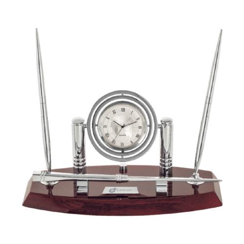 ساعت رومیزی کد 5568| دیدار هدیه ایرانیان | هدیه تبلیغاتی در مشهد | همواره در مقابل دیدگان|ساعت رومیزی مدیریتی چوبی ، جا خودکاری|خودکار ، پاکت باز کن|