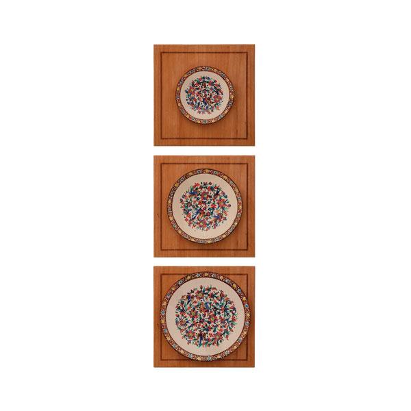 بشقاب نفیس کد665|دیدار هدیه ایرانیان|هدیه تبلیغاتی در مشهد|تابلو مینا |مجموعه چوب و مینا طرح بشقاب سه تایی گل و مرغ قهوه|